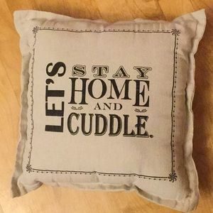 unknown Bedding - Cute cuddle pillow